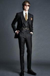 костюм с жилетом Tom Ford