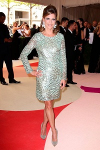 Natalie Morales in Gilt