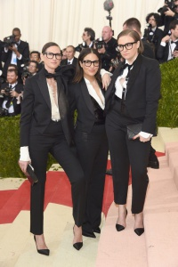 Jenna Lyons, Jennifer Konner, and Lena Dunham in J.Crew