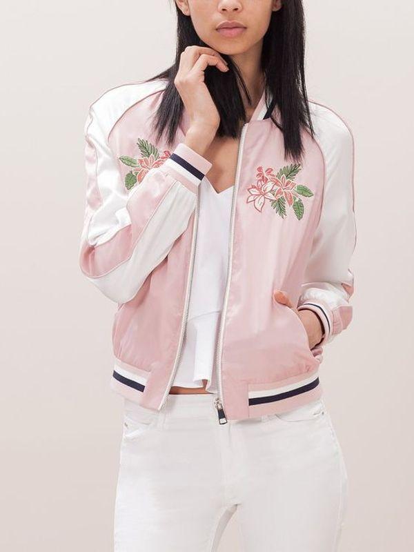 Бомбер с вышивкой розовый 51