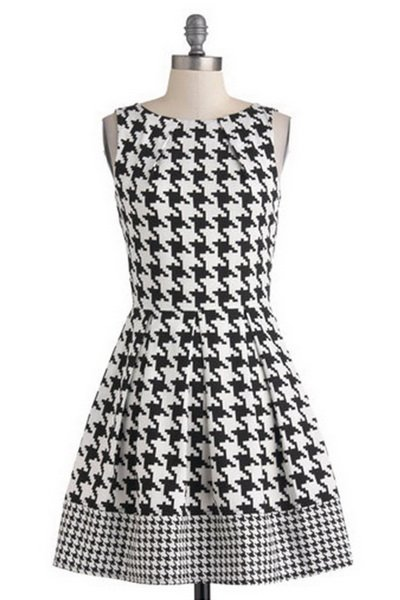 http://citylook.by/wp-content/uploads/2013/08/Audreys-Top-of-the-A-line-Dress-in-Houndstooth.jpg