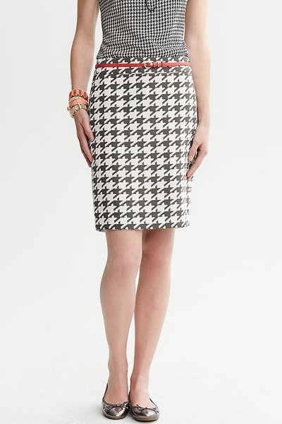 http://citylook.by/wp-content/uploads/2013/08/Banana-Republic-Bold-Houndstooth-Pencil-Skirt.jpg