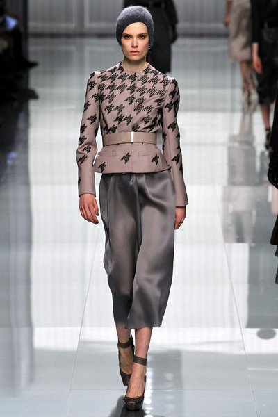 http://citylook.by/wp-content/uploads/2013/08/Christian-Dior-FW-2012-2013.jpg
