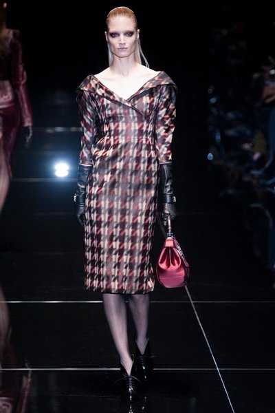 http://citylook.by/wp-content/uploads/2013/08/Gucci-FW-2013-14.jpg