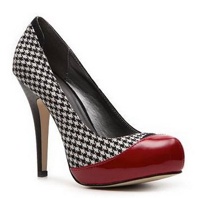 http://citylook.by/wp-content/uploads/2013/08/MADDEN-GIRL-HOUNDSTOOTH-PUMPS.jpg