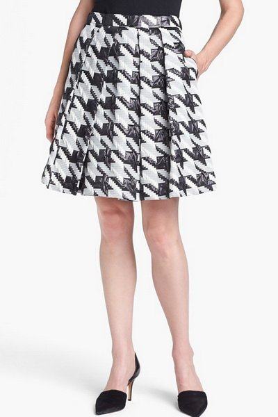 http://citylook.by/wp-content/uploads/2013/08/Pink-Tartan-Houndstooth-Jacquard-Pleat-Skirt.jpg